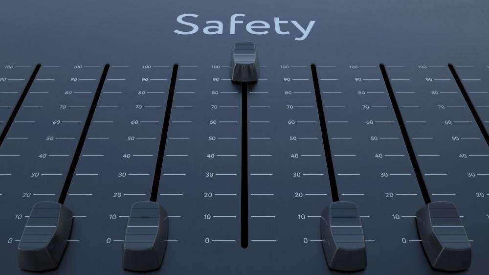 safety2-404513-edited.jpeg